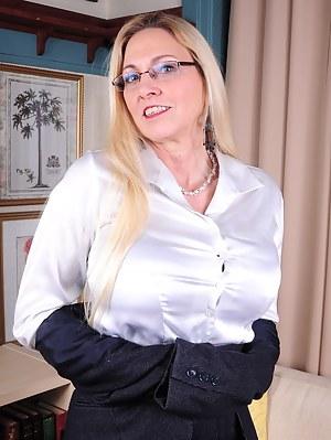 Free Teacher Porn Pictures