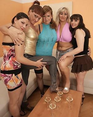 Milf party porno