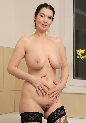 Pussy milf Shaved